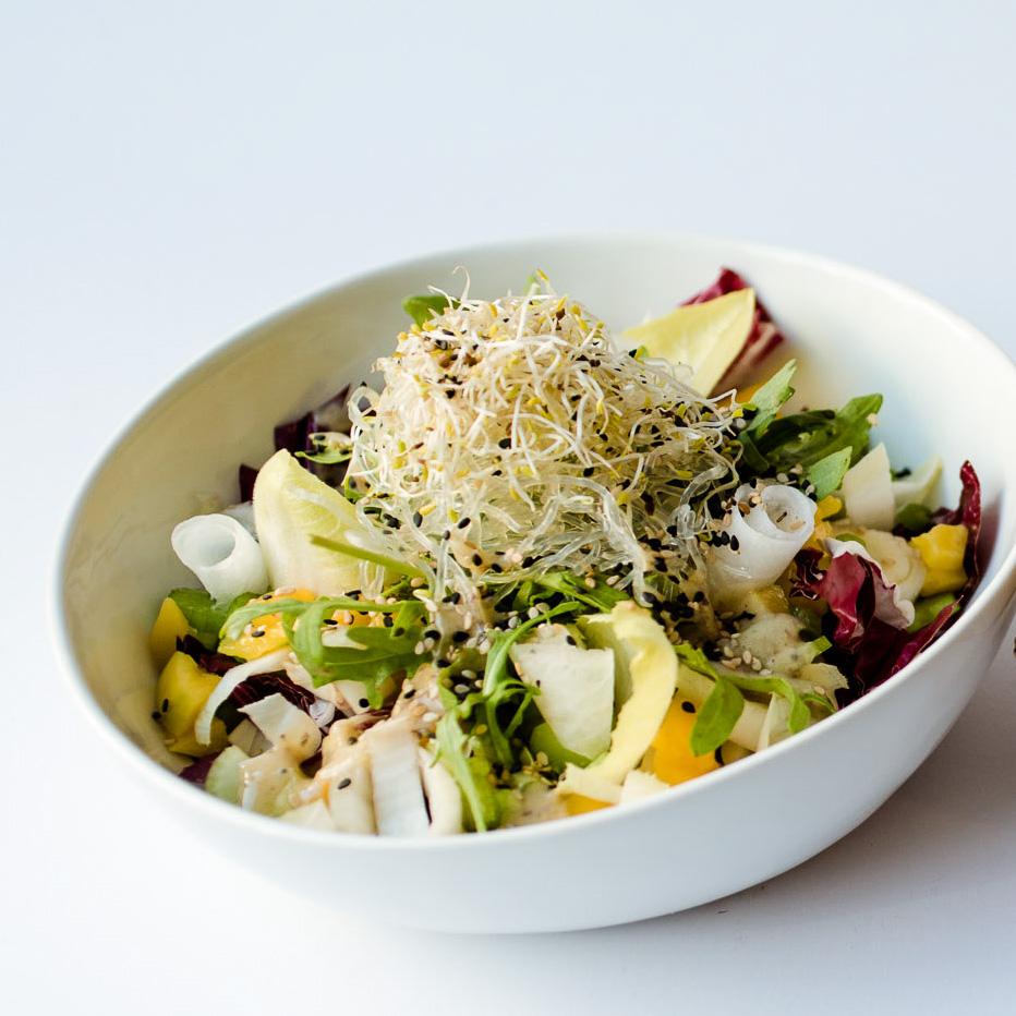 Daluma vegane Snacks Rosenthaler Platz Mitte frischer Salat