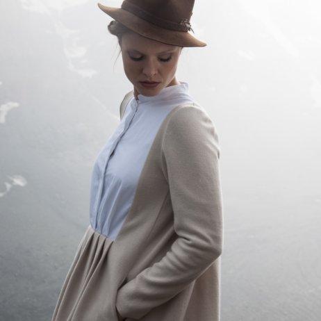 Elfenkleid Brautmode Mode Wien graues Kleid