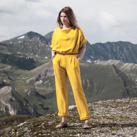 Elfenkleid Brautmode Mode Wien gelber Overall