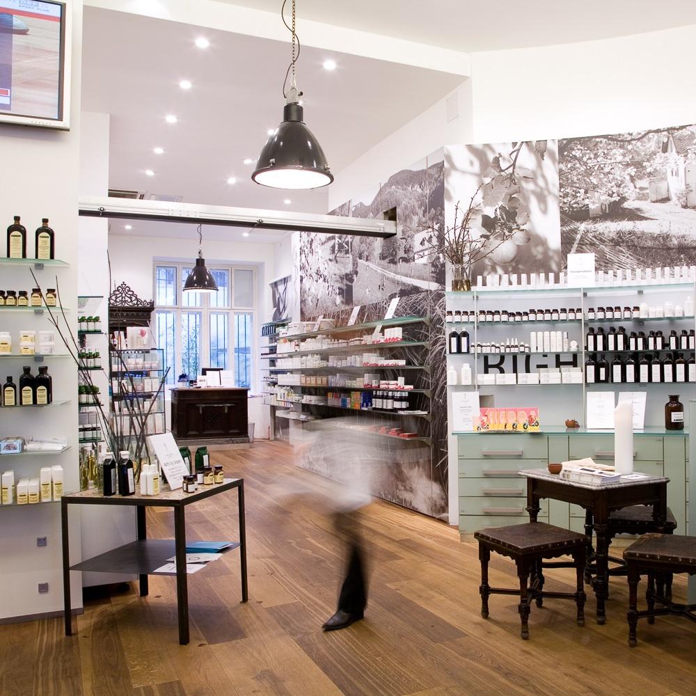 Saint Charles Apotheke Wien Shop