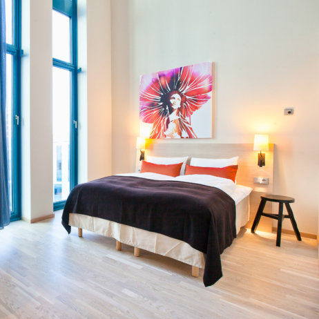 Scandic Hamburg Emprop City Hotel Zimmer mit Doppelbett