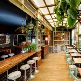 House-of-Small-Wonder-Cafe-Berlin-New-York-10