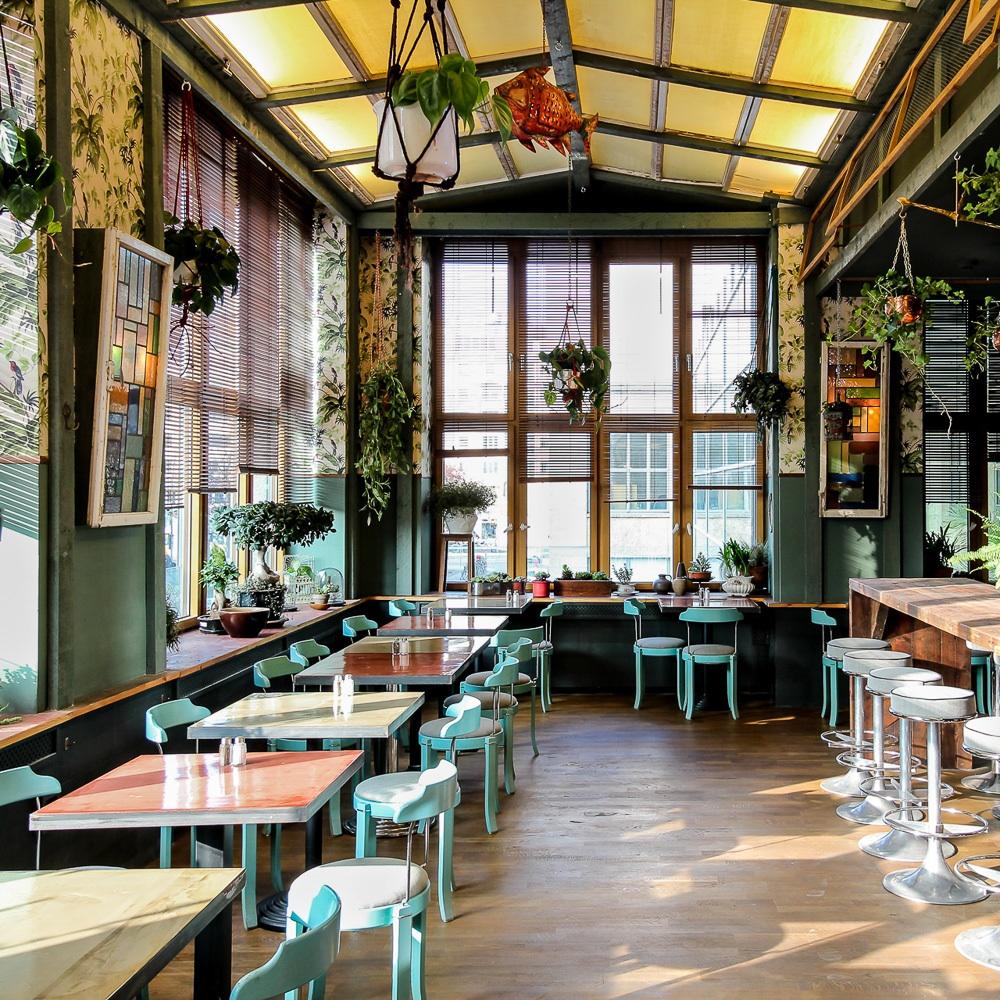 House of Small Wonder Café Berlin New York Einrichtung