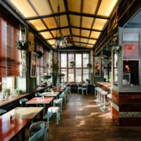 House of Small Wonder Café Berlin New York Inneneinrichtung