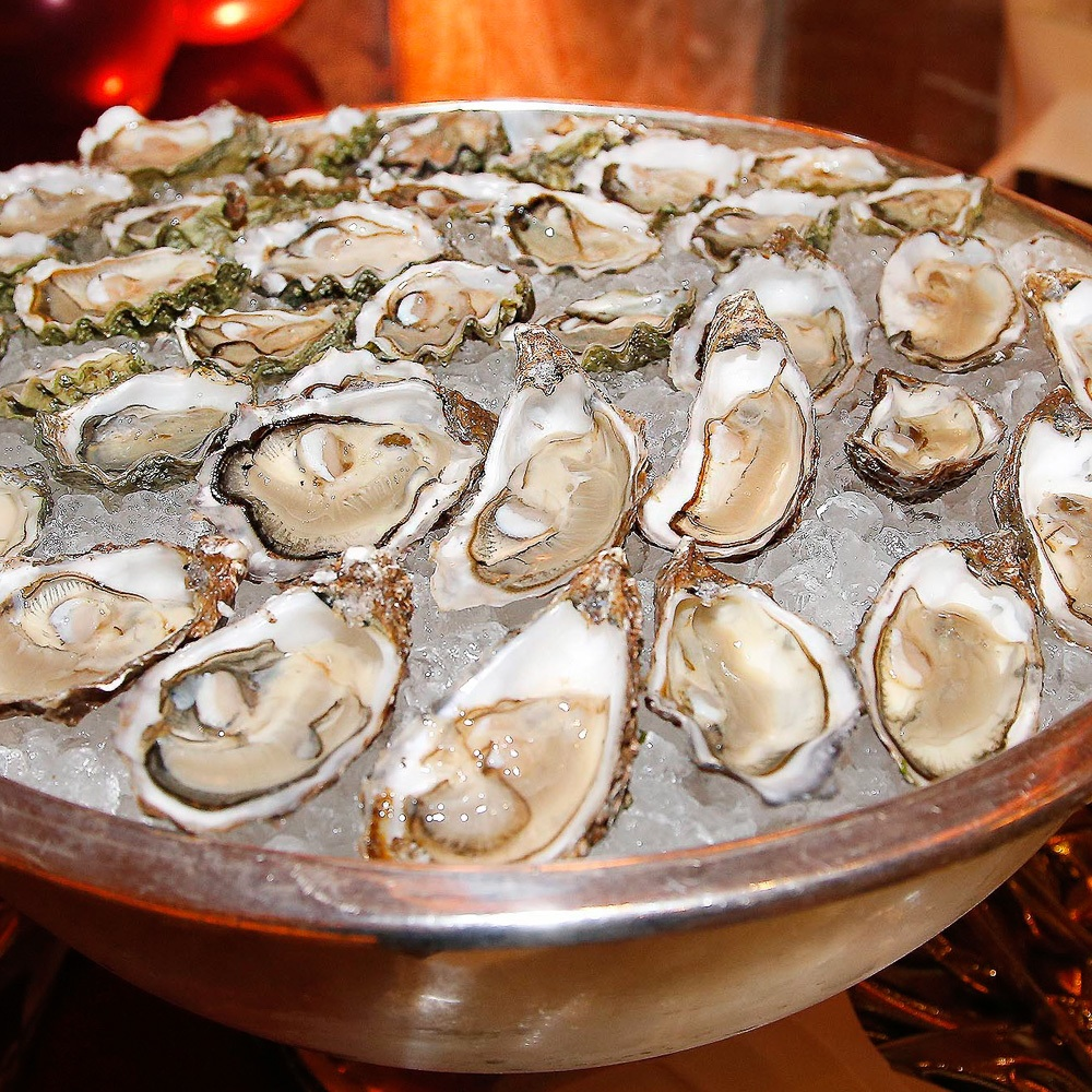Silvester Party im Regent Hotel Austern