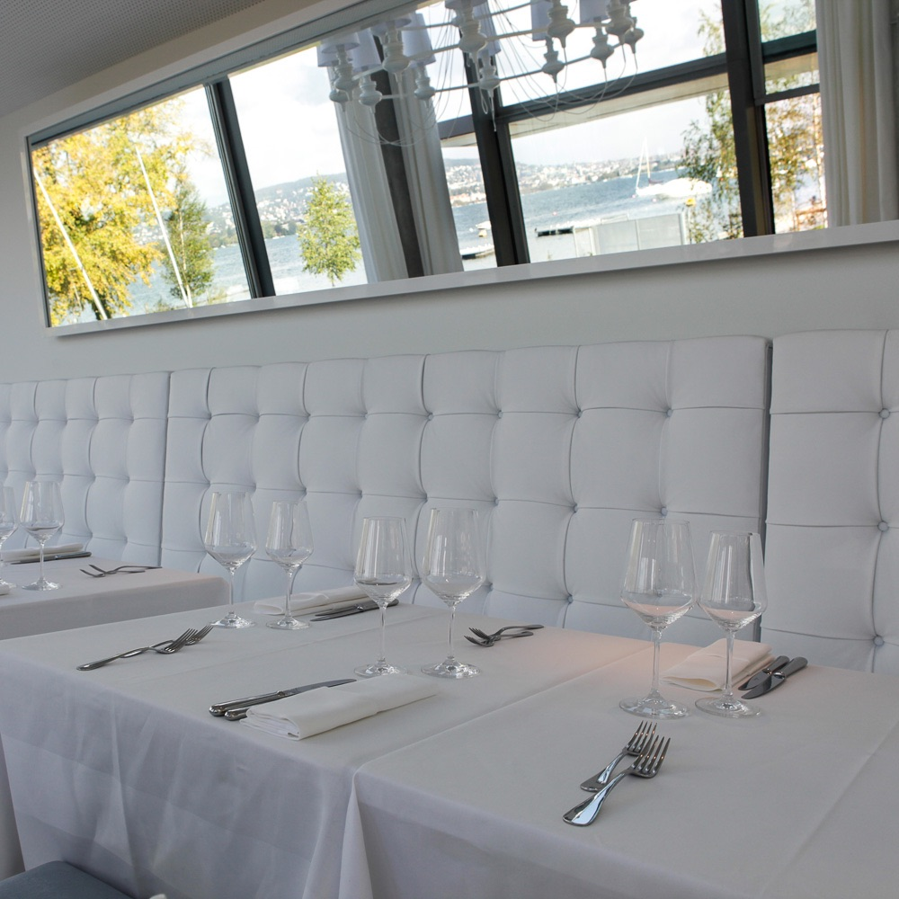 Louis Restaurant Zürich weiße Inneneinrichtung