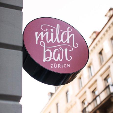 Milchbar Delikatessen Restaurant Zürich Schild