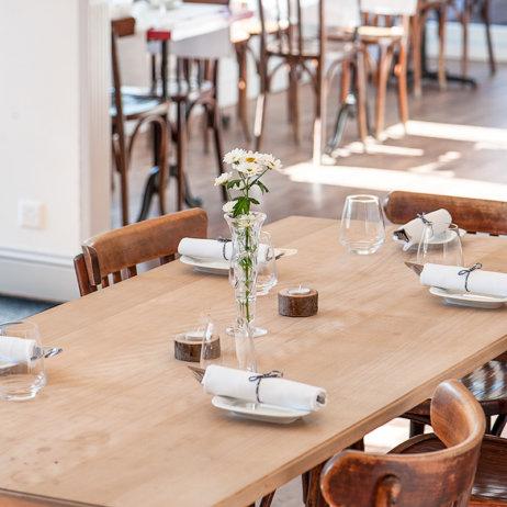 Nachtjäger Restaurant Zürich Tisch
