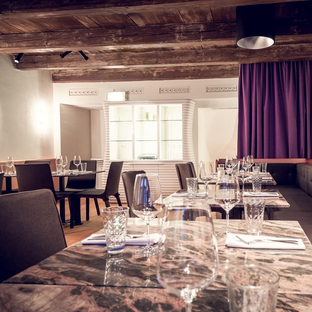 Münsterhof Restaurant Zürich Tische