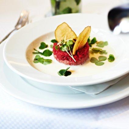 Tschebull Öterreichisches Restaurant Innenstadt Tartar