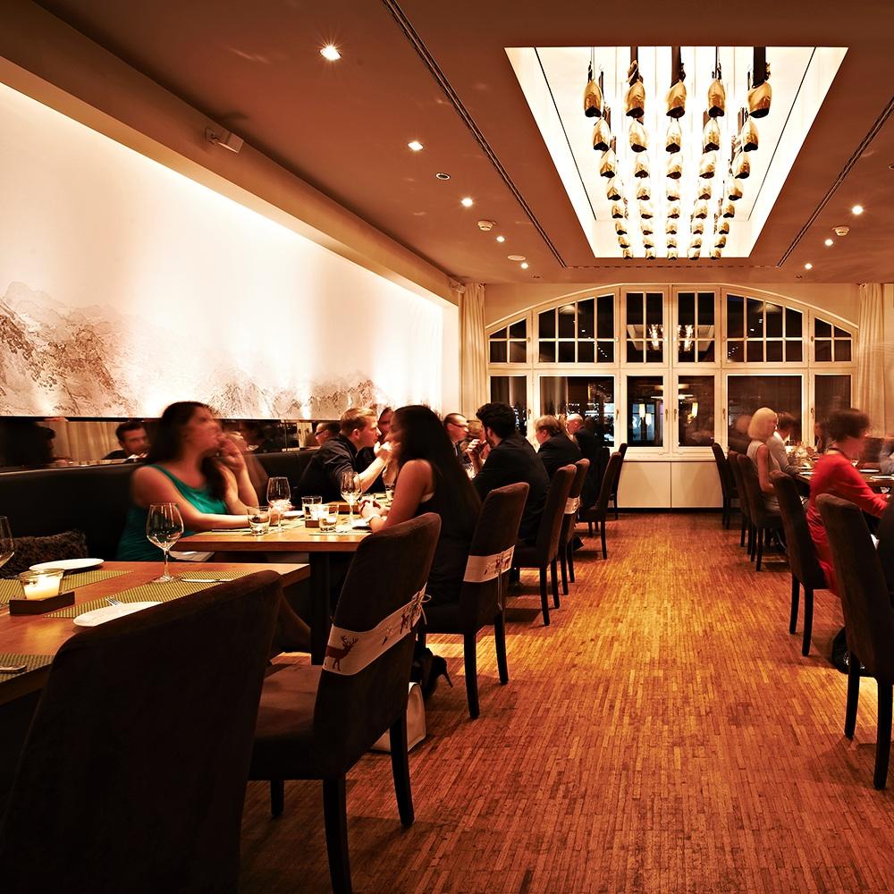 Tschebull Öterreichisches Restaurant Innenstadt Gastraum