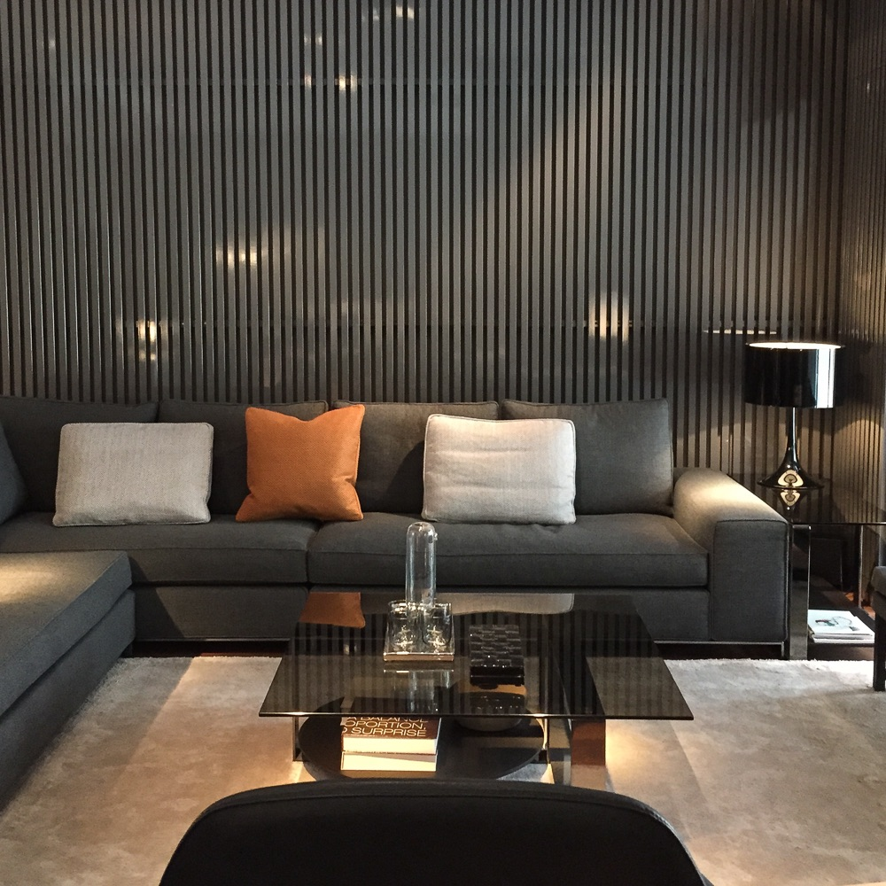 Minotti Showroom Berlin Sofa
