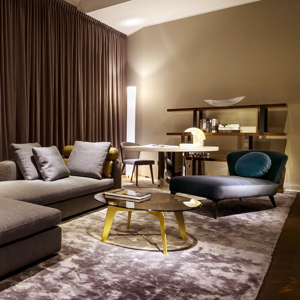 Minotti showroom berlin berlin creme guides for Sessel wohnzimmer
