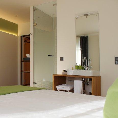Ni Mo Boutiquehotel Zürich Zimmer mit Doppelbett