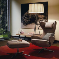 Ruby Interior Design Berlin Sessel und Hocker