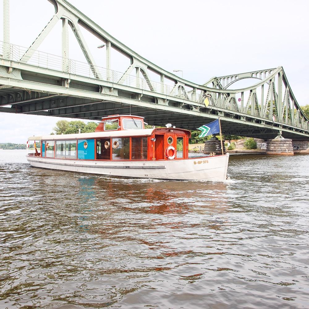 Salonschiff Miss Marple Bootsverleih Berlin Schiff