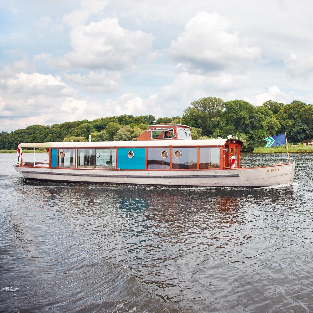 Salonschiff Miss Marple Bootsverleih Berlin Boot
