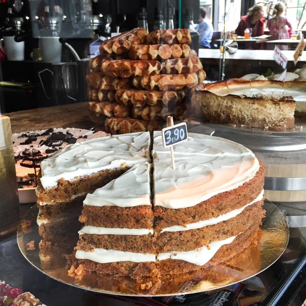 Spreegold Cafe Restaurant Berlin Torte
