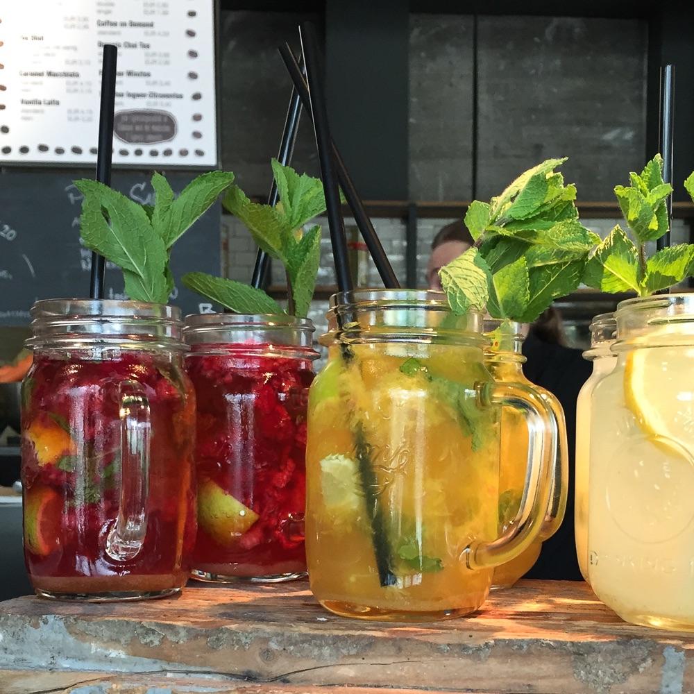 Spreegold Cafe Restaurant Berlin Drinks