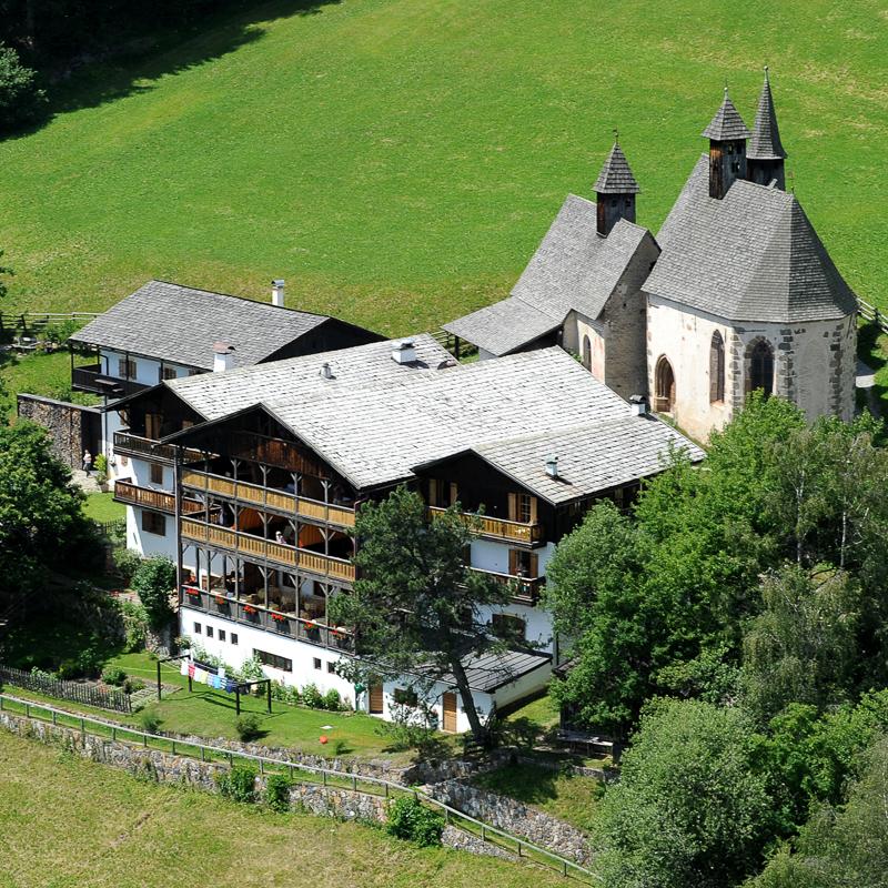 Bad Dreikirchen Gasthof Südtirol Barbian Gebäude