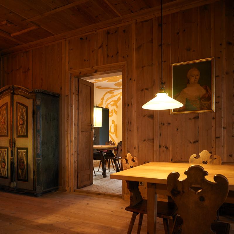 Bad Dreikirchen Gasthof Südtirol Barbian Hütte