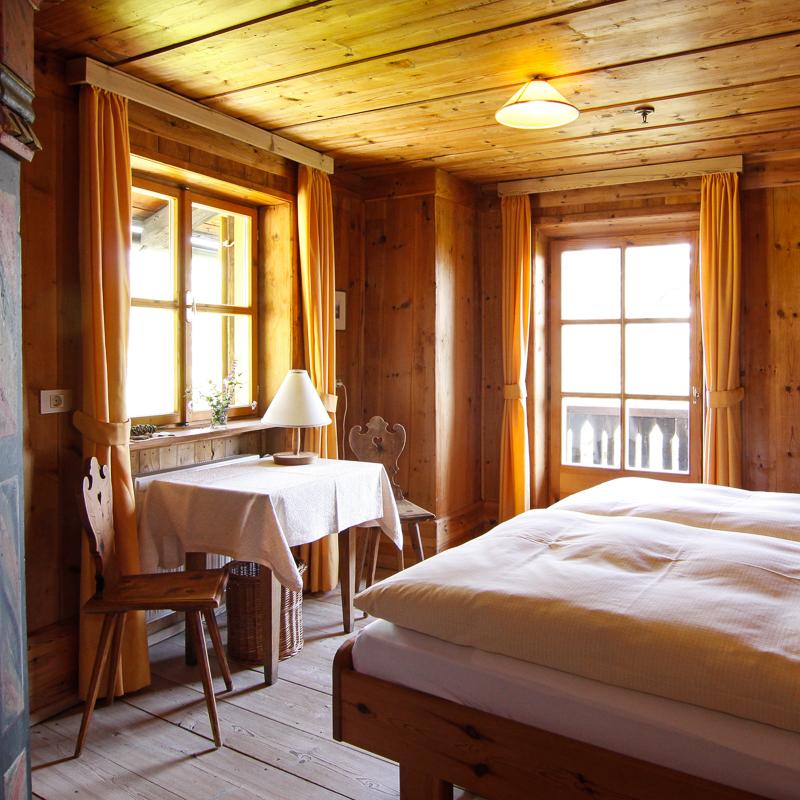 Bad Dreikirchen Gasthof Südtirol Barbian Zimmer mit Doppelbett