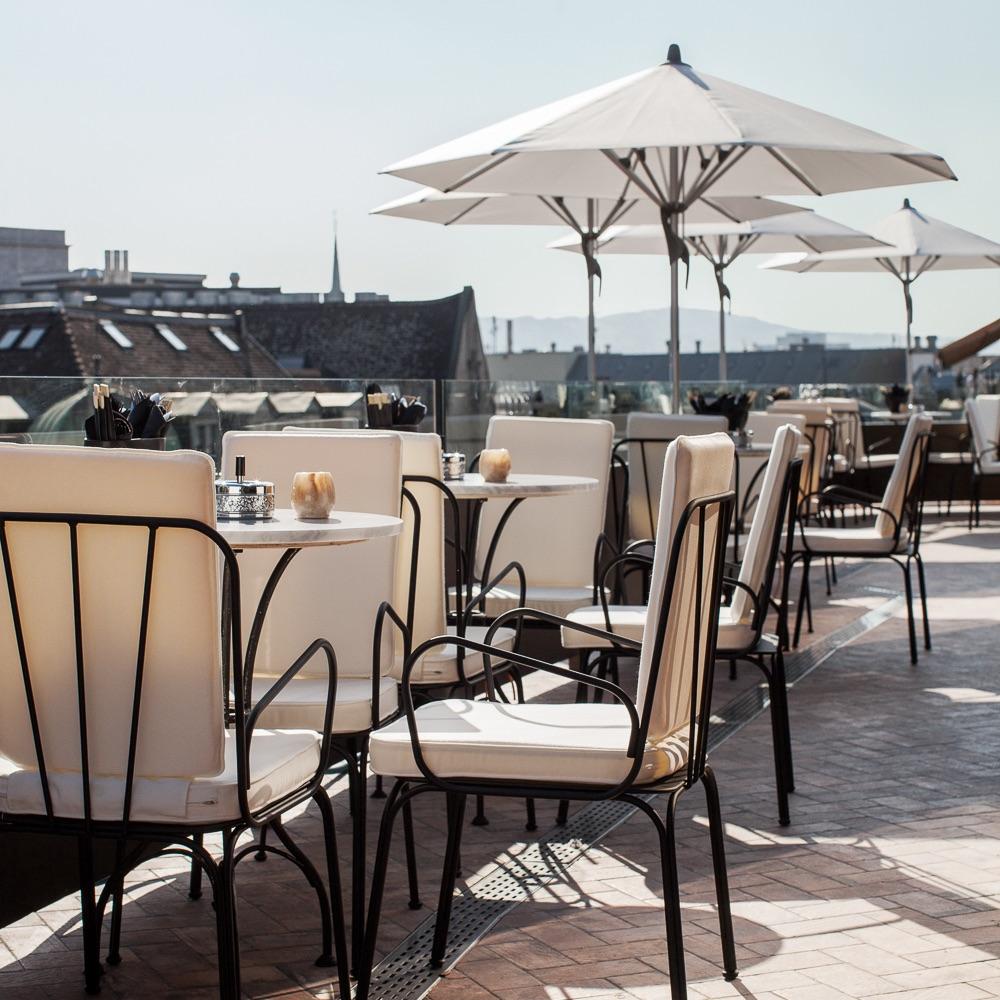 Rooftop Restaurant Zürich Tische
