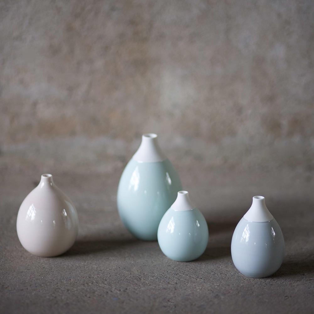 Schoemig Porzellan Werkstatt Berlin Vasen in Pastell