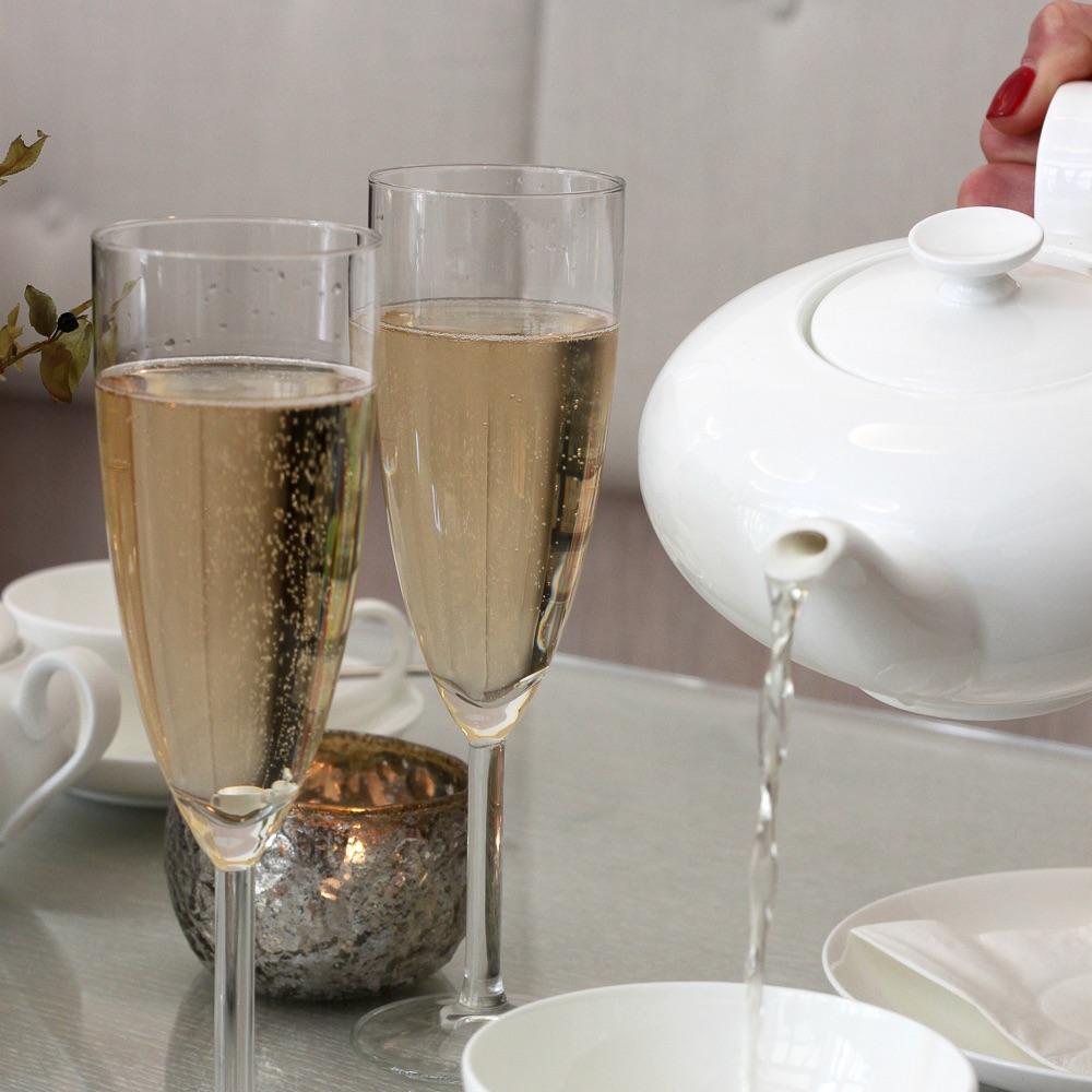 Dining Days Princess Cheesecake Champagner und Tee