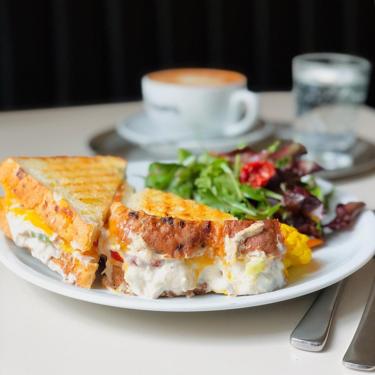 Barcomis Café und Kaffeerösterei Kreuzberg-3