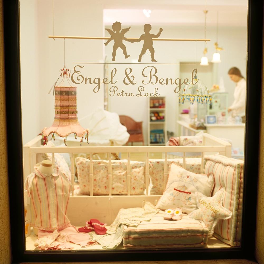 Engel und Bengel Kindermode Spielzeug München Schaufenster