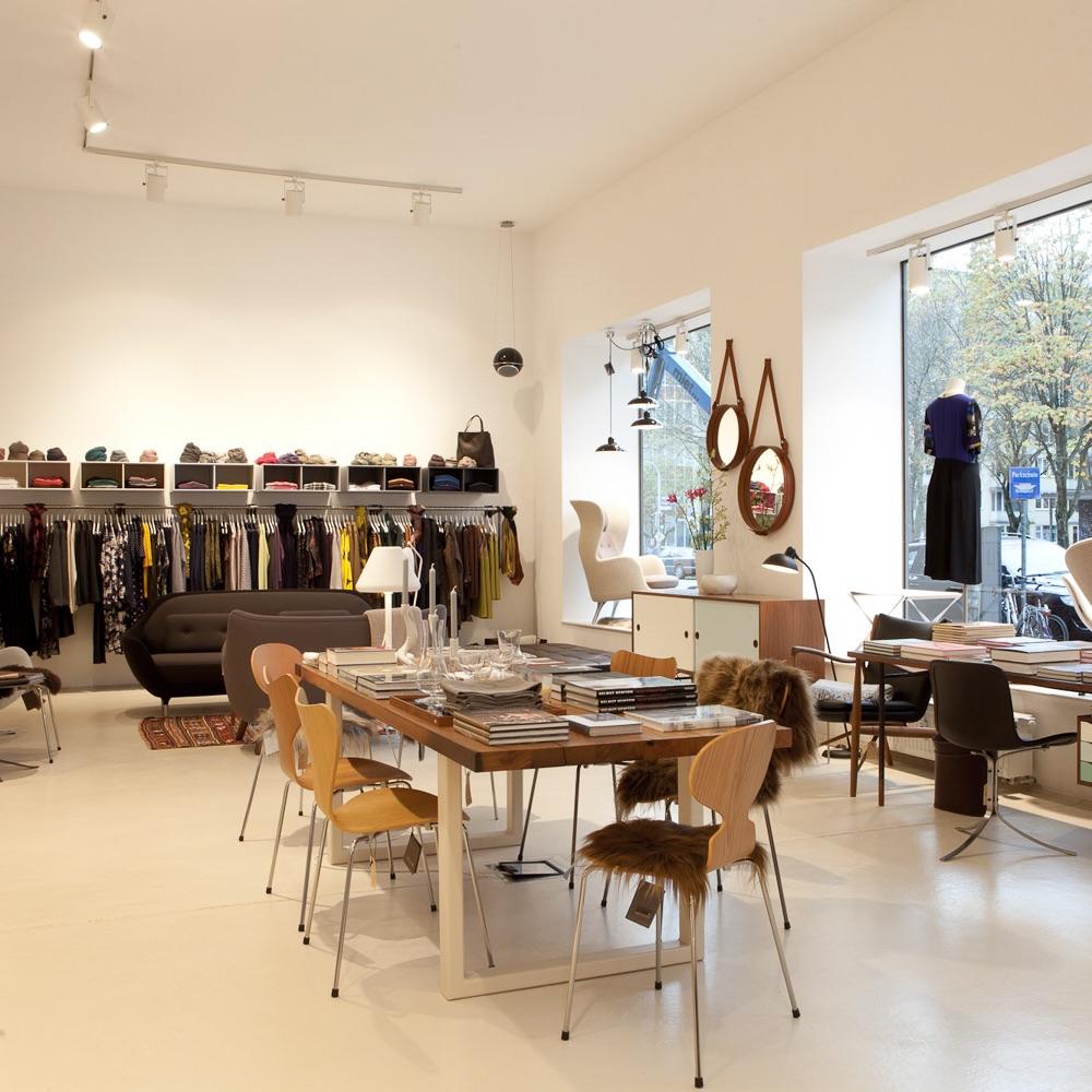 Falkenberg Concept Store München Tisch und Stühle