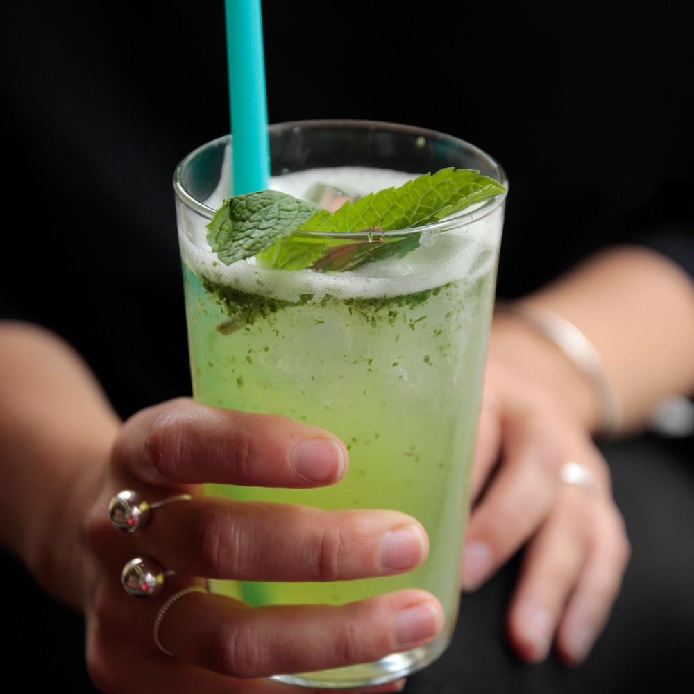 Nana Meze Restaurant München Cocktail