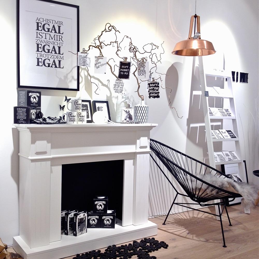 Weißglut Design Concept Store München Kamin
