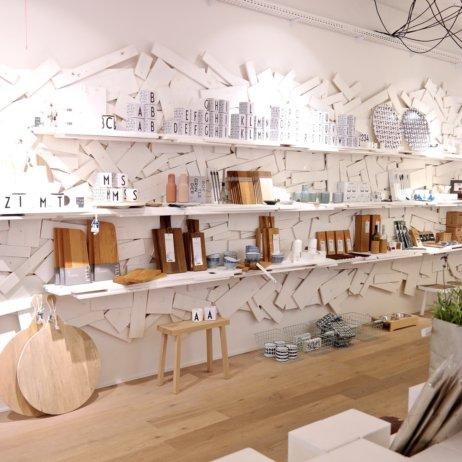 Weißglut Design Concept Store München Regale