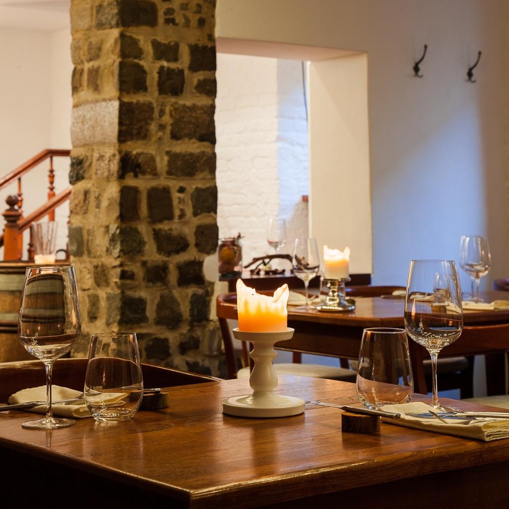 Herz und Niere Restaurant Berlin Tisch