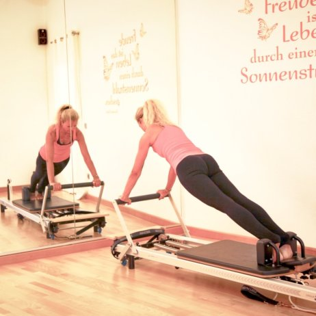 Keep in Motion Pilates München Training am Gerät
