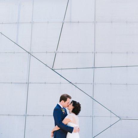 belle and sass Hochzeit Fotografie Wand