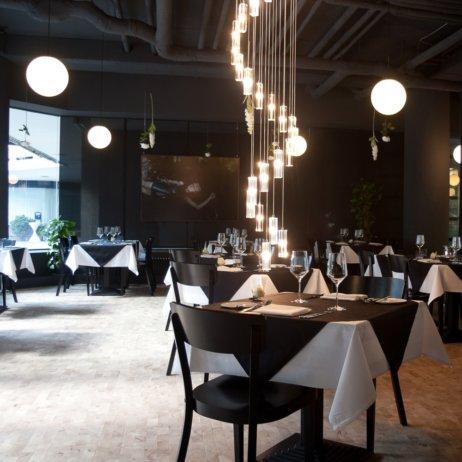 Restaurant GLASS Uhlandstaße Berlin Innenraum