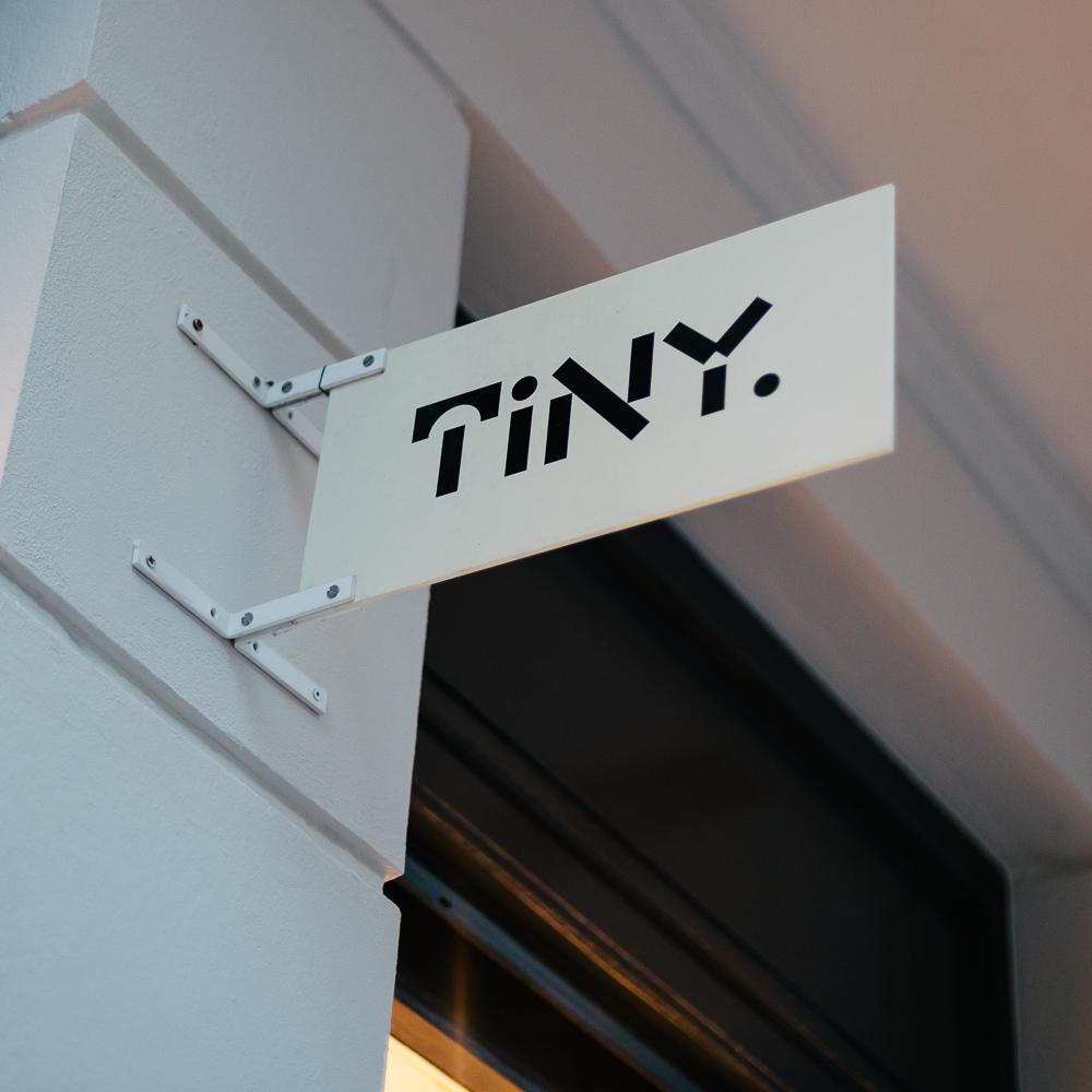 Tiny Store Berlin Schild