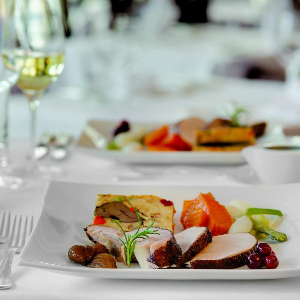 Vienna Marriott Hotel Thanksgiving Teller
