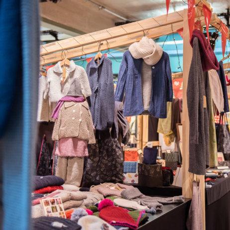 Bikini Berlin Weihnachtsmarkt der Unikate Kinderkleidung