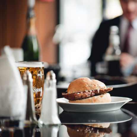 Gulasch and Champagne Grand Ferdinand Wien Burger