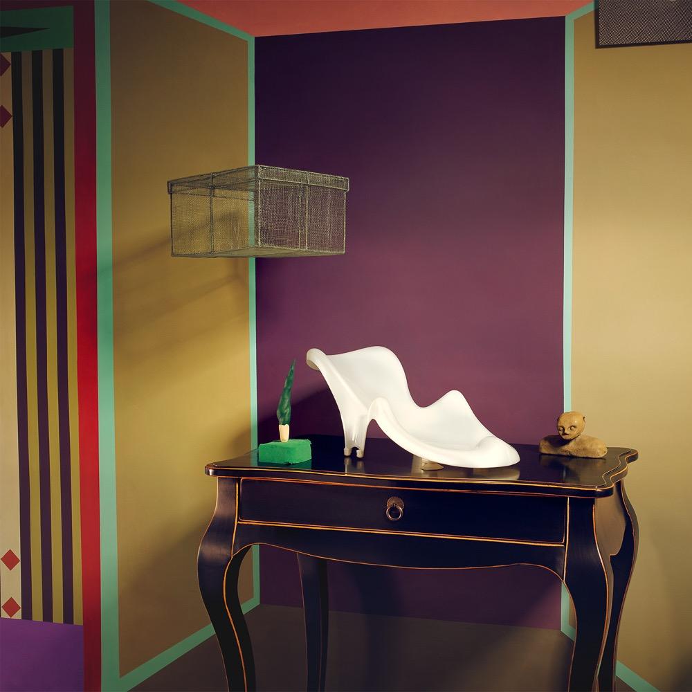 Charlotte Crome farbige Wandgestaltung Violett