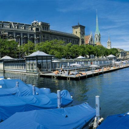 Frauenbadi Zürich Schwimmbad und Bar