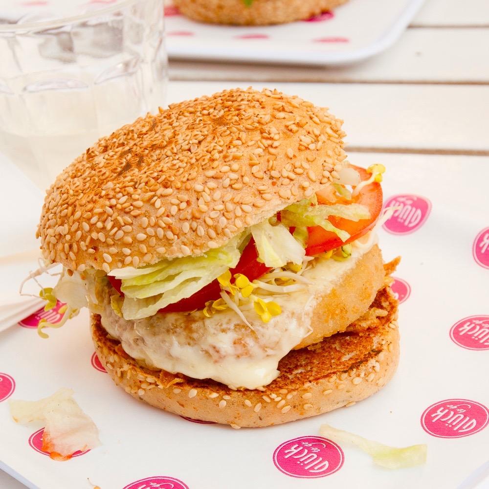 Glück to go Wellfood Burger Berlin Pommes
