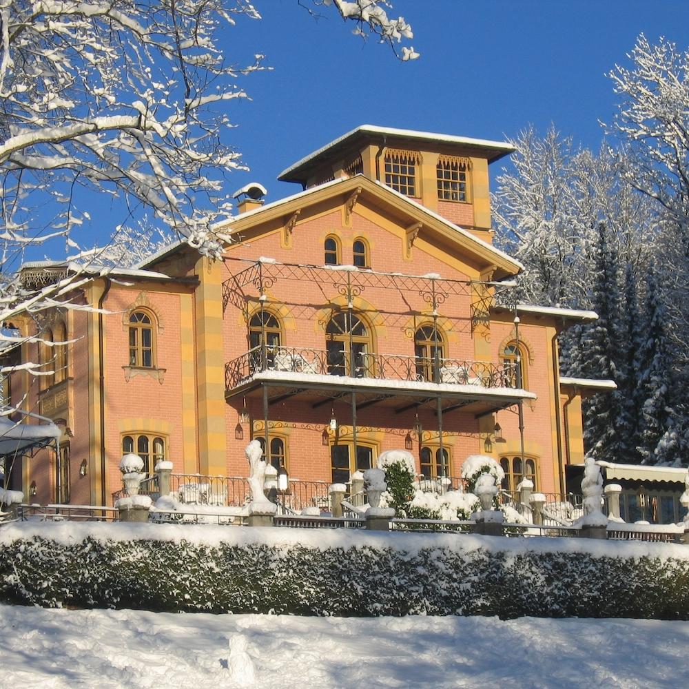 Hotel La Villa Starnberg im Schnee