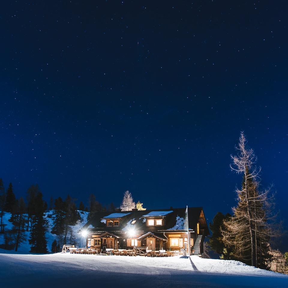 Waidzeit Galsterbergalm bei Nacht