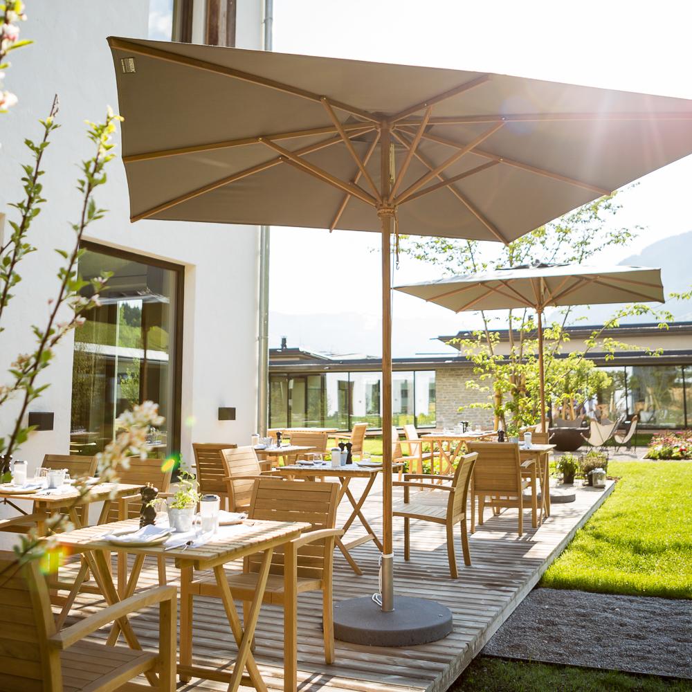 WIESERGUT Hotel Innenhof ©Mario Webhofer