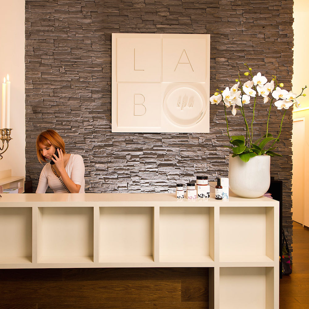 labo spa z rich wellness beauty kreis 1 z rich creme guides. Black Bedroom Furniture Sets. Home Design Ideas
